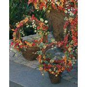 Cesta de ratán MAURO con bayas y hojas de vid artificiales, 30 cm