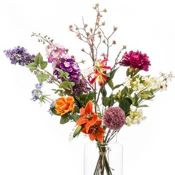 Ramos de flores unidas a mano